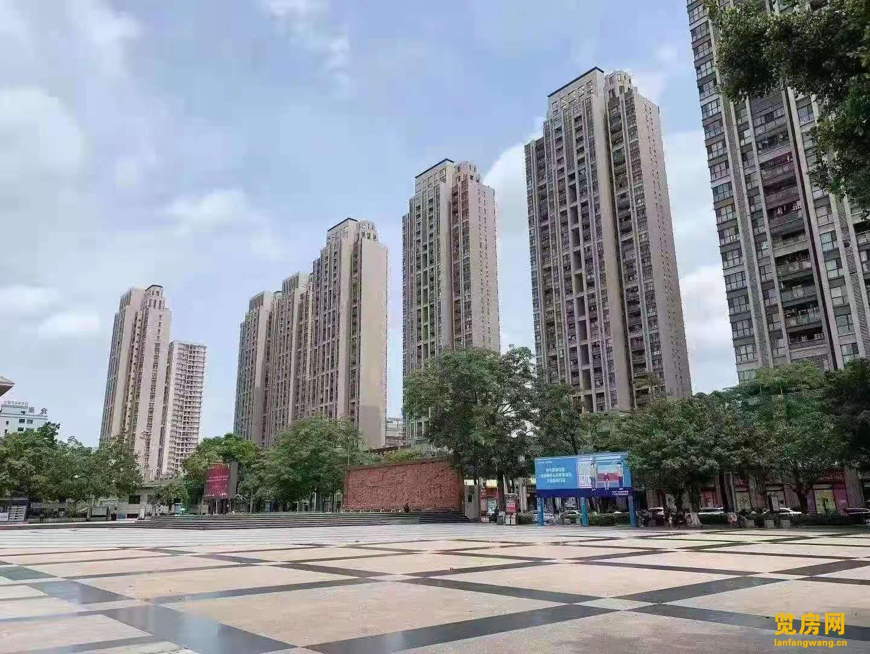 深圳0距离 长安万达旁【鼎峰一号】 地铁口 学区房 自带停车场!